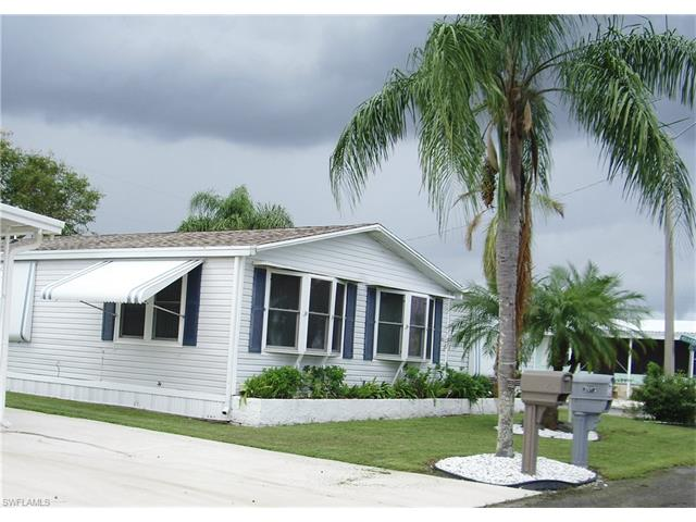 2803 Deerfield Dr, North Fort Myers, FL 33917