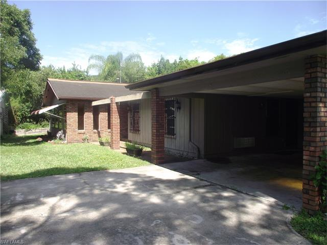 1307 Evalena Ln, North Fort Myers, FL 33917