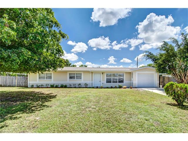 5527 Granada Rd, Fort Myers, FL 33919