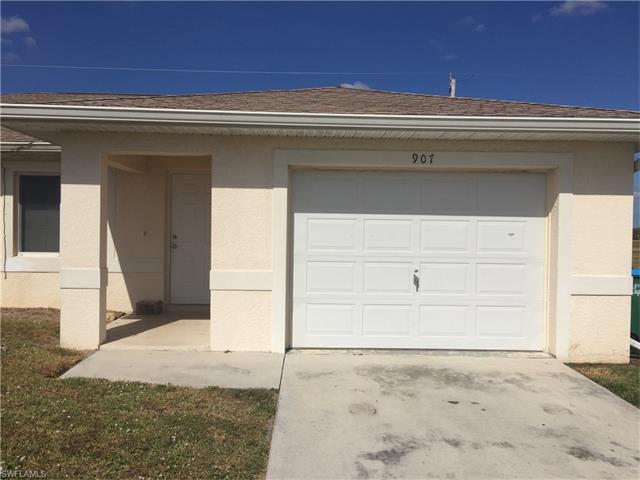 907 Ne 15th Ln, Cape Coral, FL 33909