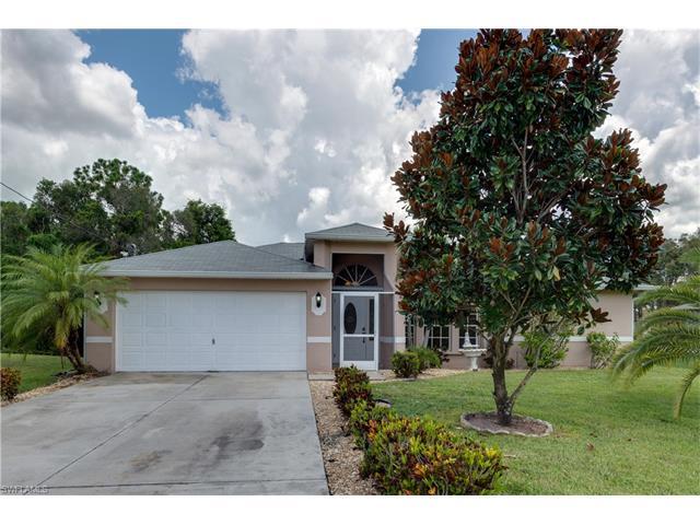 215 Des Cartes St, Fort Myers, FL 33913