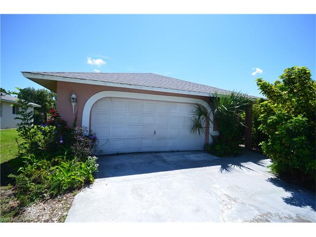 18193 Sandy Pines Cir, North Fort Myers, FL 33917