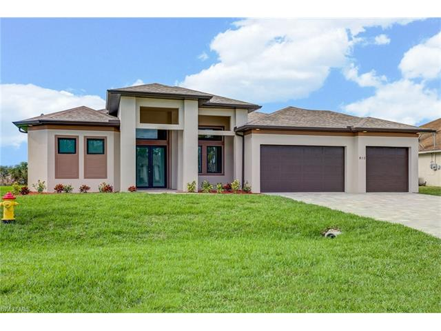 910 Sw 11th Pl, Cape Coral, FL 33991