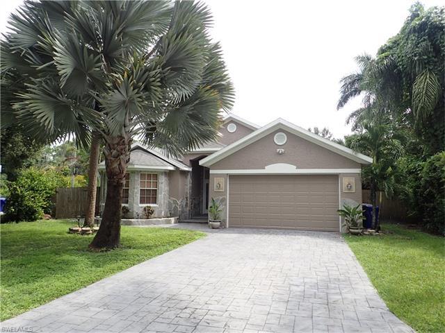 4674 Siesta Cir, Fort Myers, FL 33901