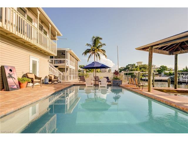 269 Carolina Ave, Fort Myers Beach, FL 33931