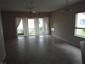 8198 Pacific Beach Dr, Fort Myers, FL 33966