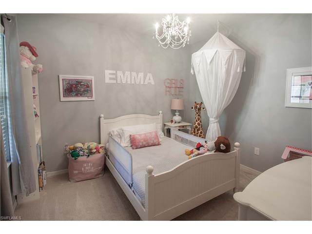 10094 Montevina Dr, Estero, FL 33928