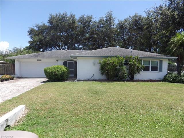 2448 Flora Ave, Fort Myers, FL 33907