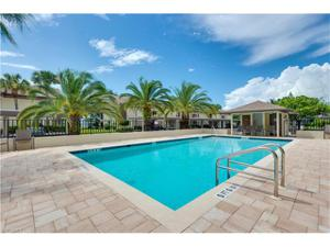 5710 Trailwinds Dr 525, Fort Myers, FL 33907