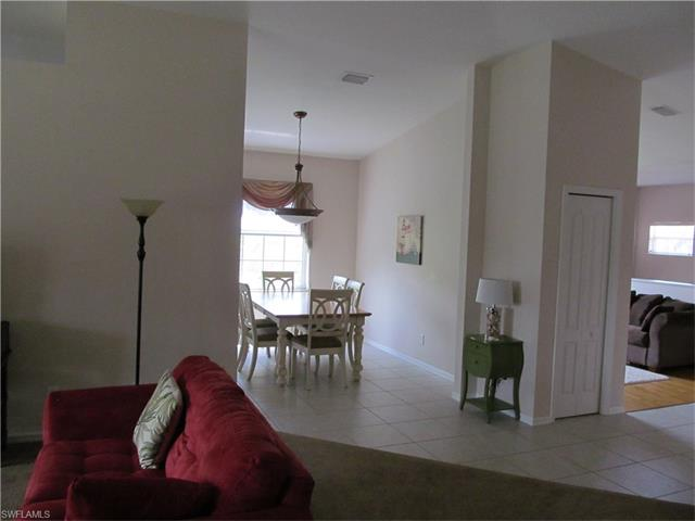 13941 Eagle Ridge Lakes Dr 202, Fort Myers, FL 33912