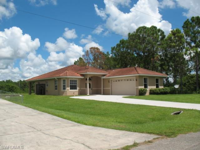 1241 Antonio St E, Lehigh Acres, FL 33974