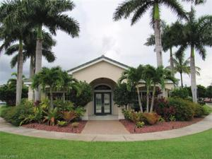 8234 Pacific Beach Dr, Fort Myers, FL 33966