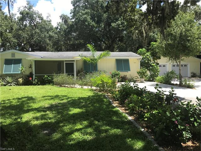 3214 Edgewood Ave, Fort Myers, FL 33916