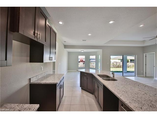 6023 Langdon Ave, Fort Myers, FL 33905
