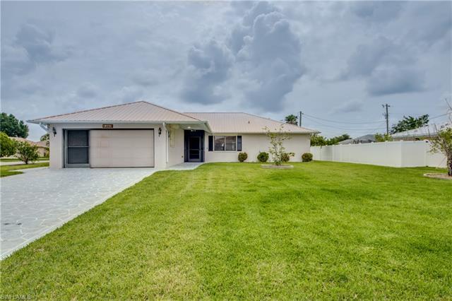 1203 Se 21st Pl, Cape Coral, FL 33990