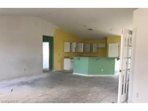 4216 30th St Sw, Lehigh Acres, FL 33976
