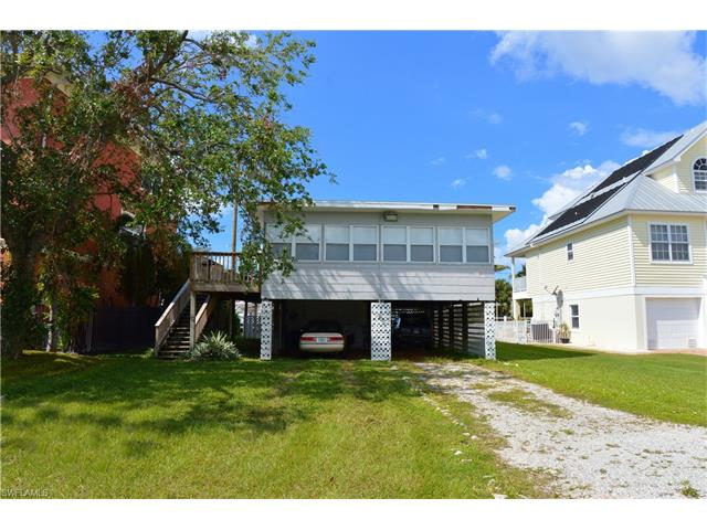 215 Virginia Ave, Fort Myers Beach, FL 33931
