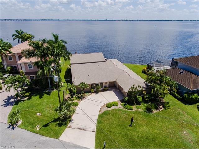 3005 Se 22nd Pl, Cape Coral, FL 33904