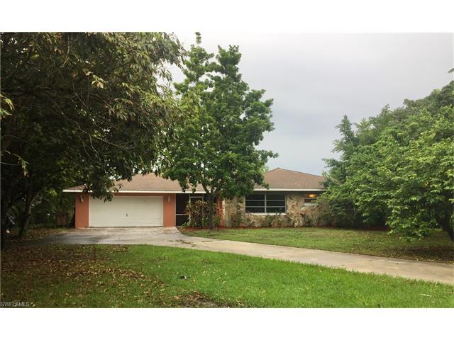 4449 E Riverside Dr, Fort Myers, FL 33905