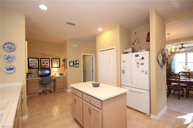 12065 Country Day Cir, Fort Myers, FL 33913