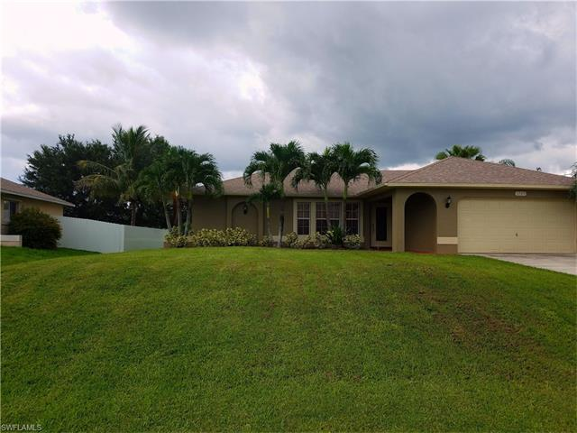 1725 Sw 23rd St, Cape Coral, FL 33991