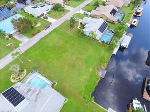 2540 Se 21st Ave, Cape Coral, FL 33904