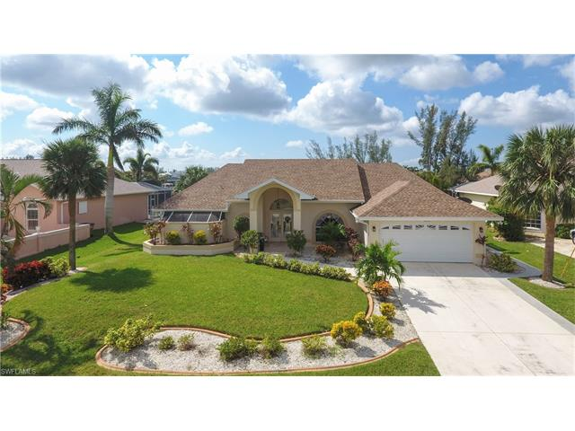 2206 Beach Pky W, Cape Coral, FL 33914