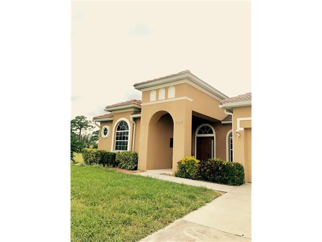 2124 Skyline Blvd, Cape Coral, FL 33991