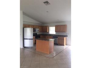 912 Nw 15th Pl, Cape Coral, FL 33993