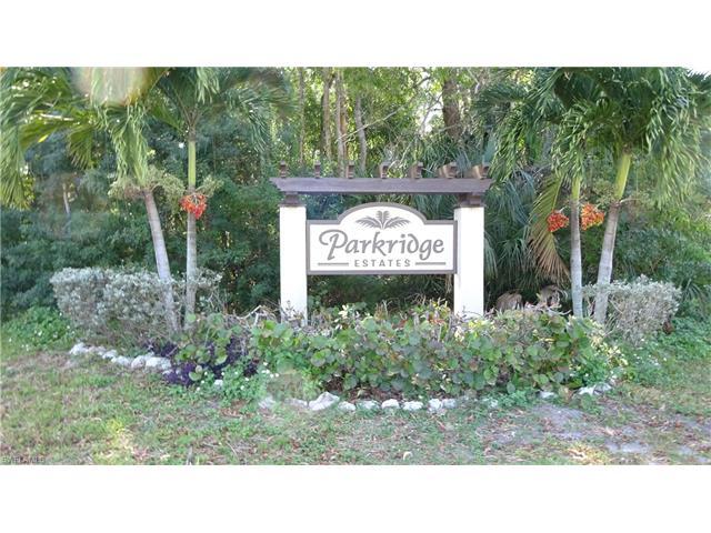 18010 Parkridge Cir, Fort Myers, FL 33908