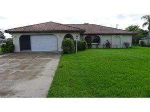 1213 Se 22nd Ave, Cape Coral, FL 33990