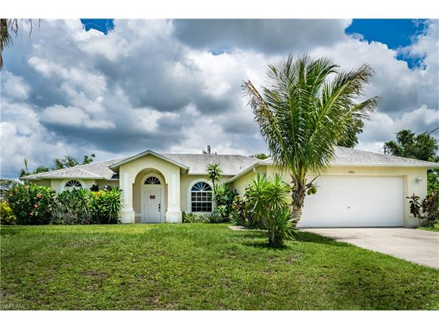 1915 Sw 2nd Ter, Cape Coral, FL 33991