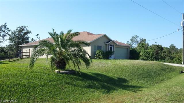 2715 33rd St W, Lehigh Acres, FL 33971