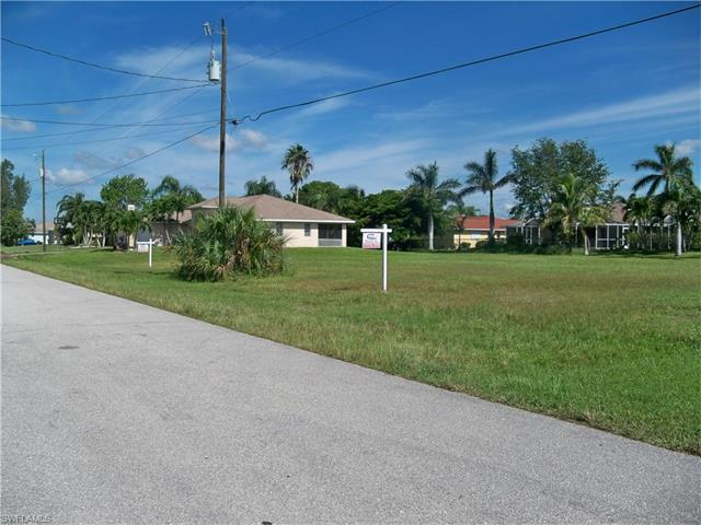 2823 Sw 29th Pl, Cape Coral, FL 33914