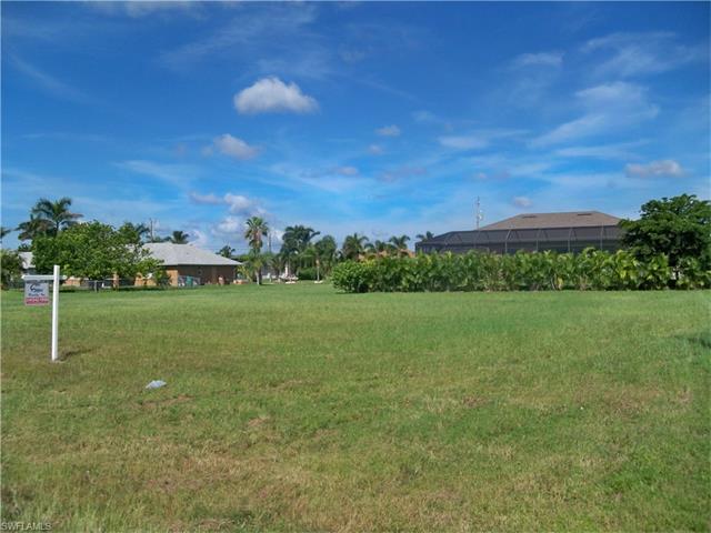 2605 Sw 27th St, Cape Coral, FL 33914