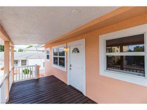 212 Palermo Cir, Fort Myers Beach, FL 33931