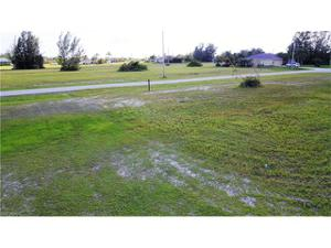4305 Nw 28th St, Cape Coral, FL 33993