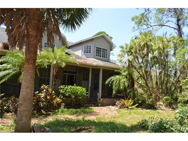 25526 Luci Dr, Bonita Springs, FL 34135