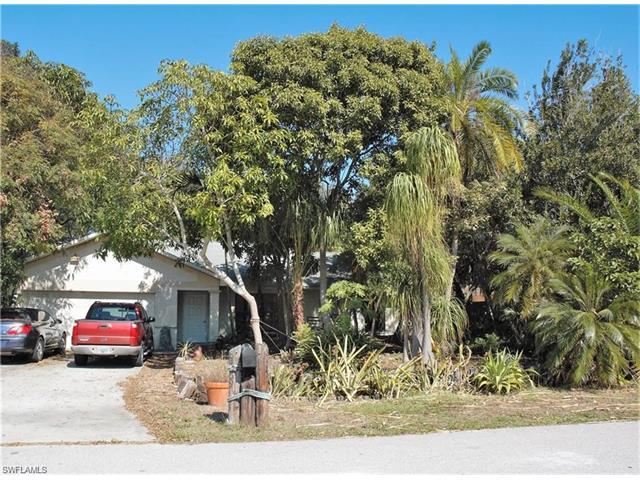 8489 Buena Vista Rd, Fort Myers, FL 33967