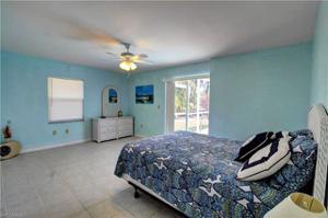 4819 Sw 2nd Pl, Cape Coral, FL 33914