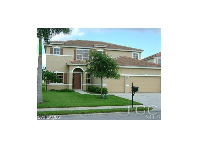 3034 Lake Manatee Ct, Cape Coral, FL 33909