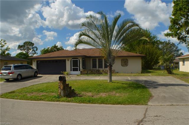 428 Cactus Cir, Lehigh Acres, FL 33936