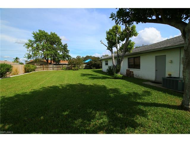 2123 Se 4th St, Cape Coral, FL 33990