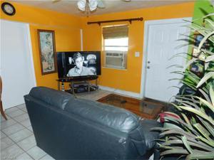 3350 Apache St, Fort Myers, FL 33916