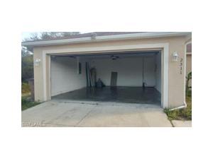 2511 52nd St Sw, Lehigh Acres, FL 33976