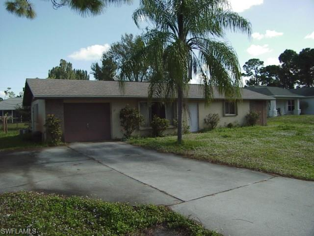 18537 Rosewood Rd, Fort Myers, FL 33967