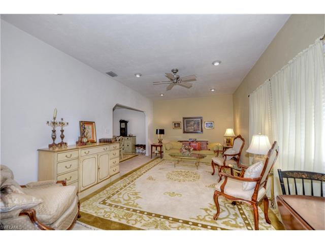 15831 Country Ct, Fort Myers, FL 33912