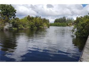 814 Nw 28th Pl, Cape Coral, FL 33993