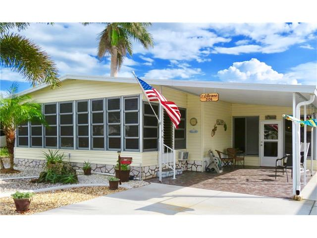 506 Pine Tree Ct, North Fort Myers, FL 33917