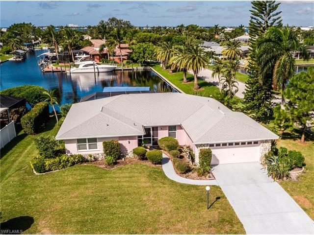 6602 Joanna Cir, Fort Myers, FL 33919